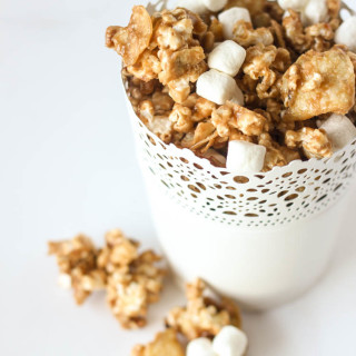 Sweet and Salty Kettle Chip Caramel Corn