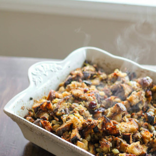 New England Sausage, Apple, and Cranberry Stuffing